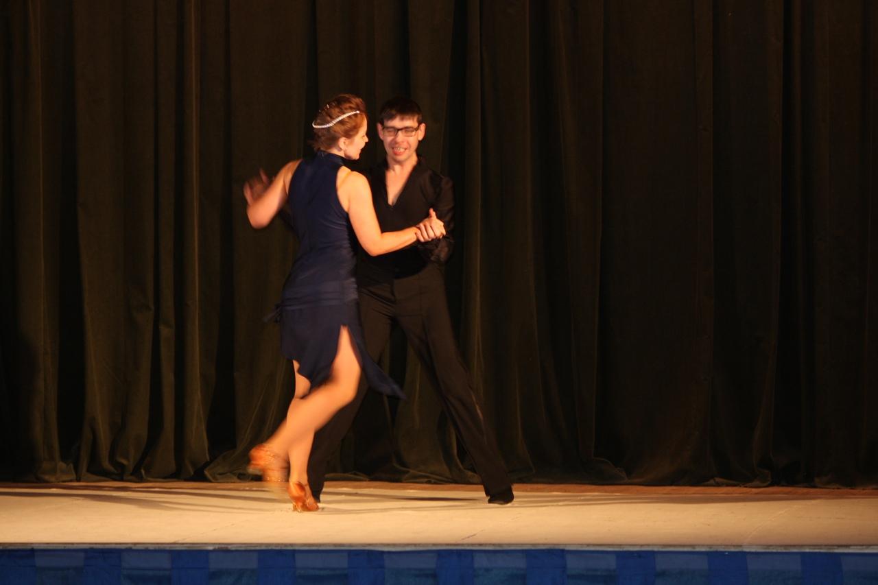 подводки к танцевальным номерам